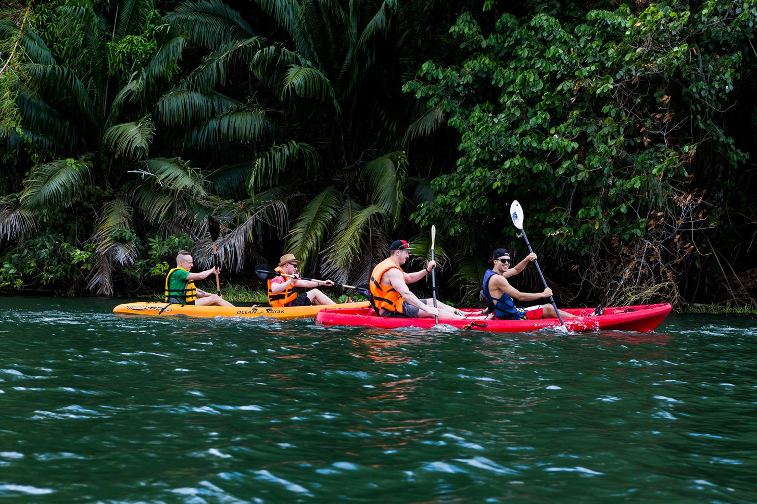Group of people doing kayaking in Panama waters - MailerLite